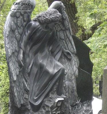 Скульптура Ангела из гранита №25