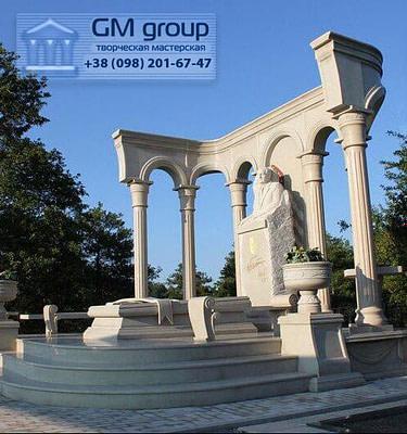 Мраморный памятник №44