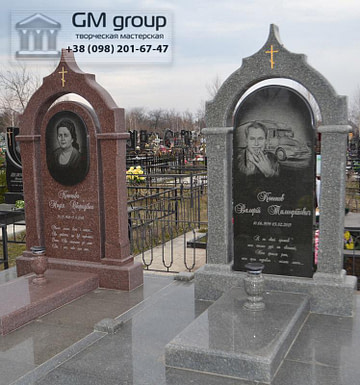 Памятник из красного и серого гранита №101