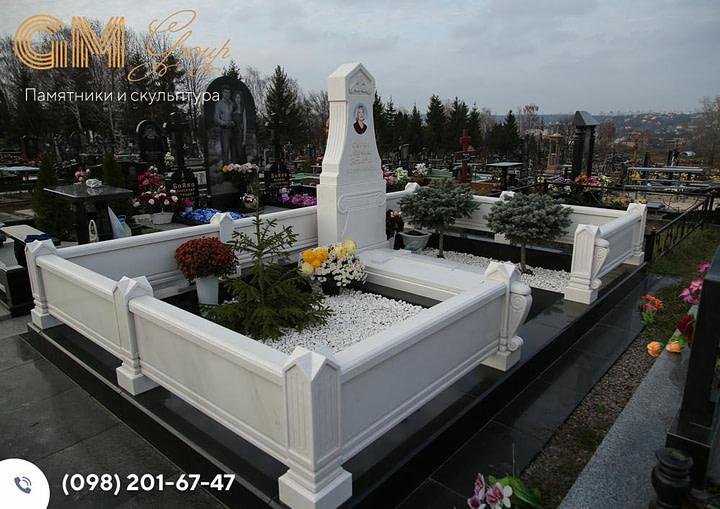Мемориальный комплекс из мрамора женщине PF-13
